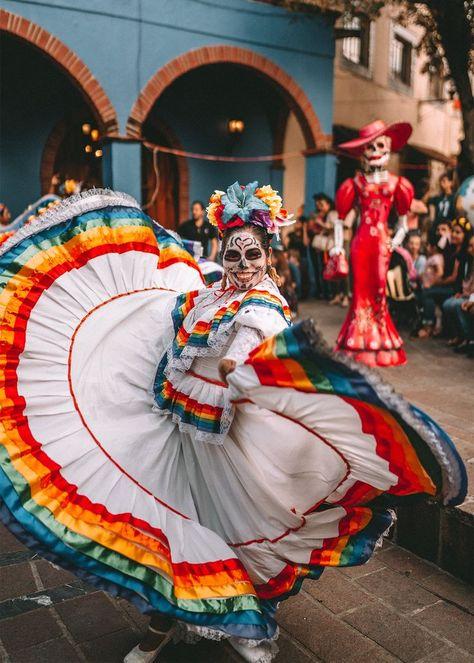 How to Celebrate Dia De Los Muertos in Guadalajara Like a Local