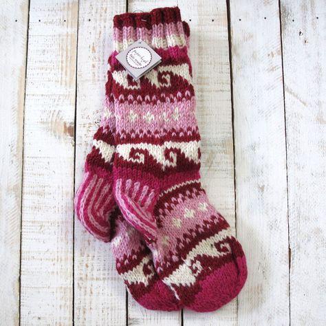 Red /& Pink Funky Hand Knitted Winter Woollen Annapurna Socks