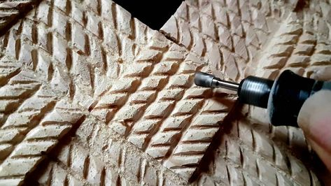 Tableau n° 1 : FAIT. #art #artworks #blackart #bois #woodworking #woodcut #dremel #dremel4000 #africanart  #homemade #creation #creative #recyclage #recycle #transformation #frame #woodframe #cadre #cadreenbois #gofundme #womanartist #womanatwork #bogolan #icandothis #icandoit #linkinbio #diy #artistsoninstagram