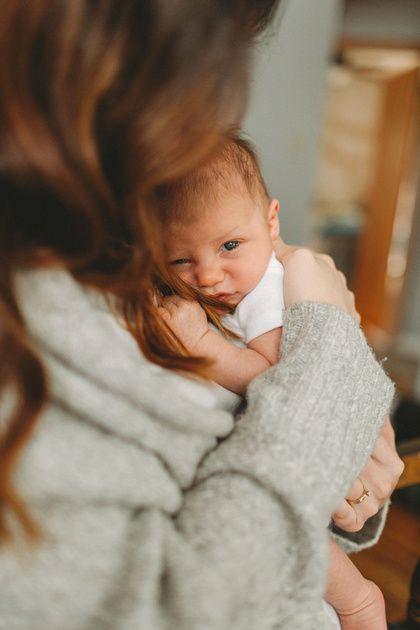 Lifestyle newborn photography Portland Oregon Amy Nielson Photography