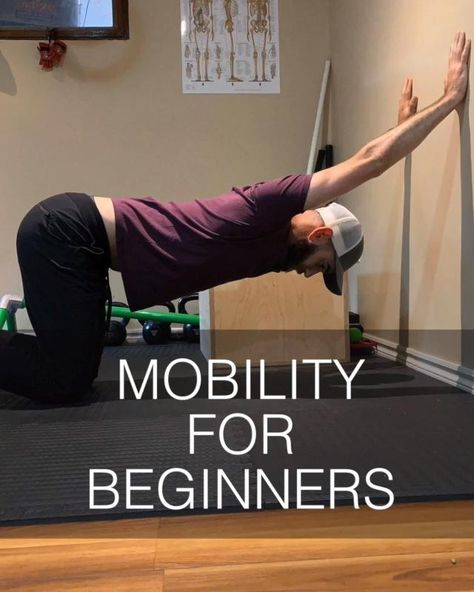 Try this 30 minute mobility workout for beginners (follow along) taught by Human 2.0 strength and mobility coach Dan Jones. Great for injury prevention and better functional fitness. #mobilitytraining #mobilityexercises #mobility #mobilityworkout #beginnermobility #beginnerworkout