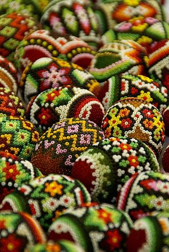 EASTER CRAFTS ~ Beaded Eggs