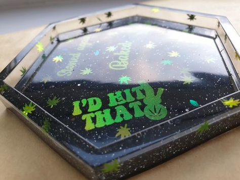 themed trinket tray with green foil print and holographic decals. Diy Resin Tray, Diy Resin Crafts, Resin Art, Vinyl Wall Art, Vinyl Decals, Family Tree Wall, Resin Molds, Crafty Craft, Diy Art