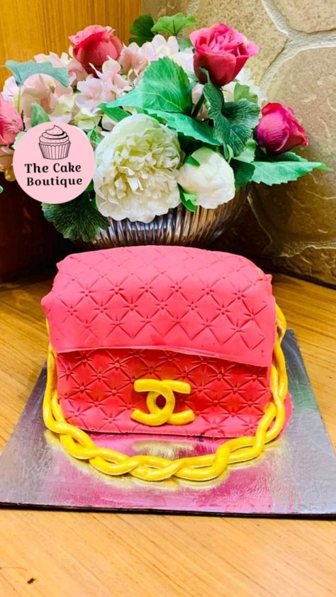 Royal Icing Flowers, Wilton Cake Decorating, Cake Decorating Techniques, Cake Designs, Sweet 16, Birthday Cake, Desserts, Pink, Mandala