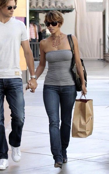 Gabriel [fp] Aubry in Halle Berry And Gabriel [fp] Aubry Out At The Mall 2 in 2019