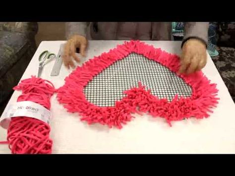 Hoooked Tutorial Alfombra Corazon - YouTube