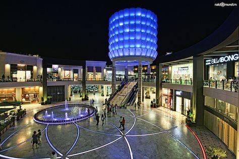 Mall at Jockey Plaza, Lima. Centro comercial Jockey Plaza en Lima by Dans house