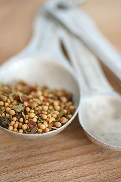 English pickling spice mixture