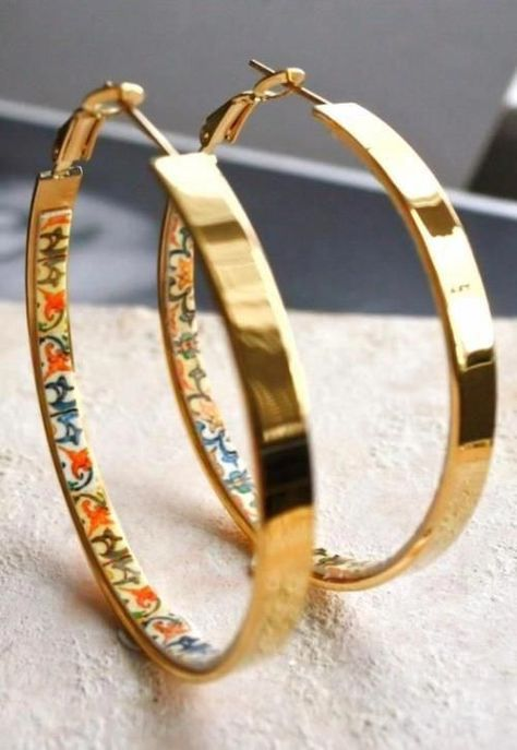 Jewelry OFF! i want this Hoop Earrings Portugal Tile with Antique Azulejo Cute Jewelry, Boho Jewelry, Jewelry Box, Jewelry Accessories, Fashion Accessories, Fashion Jewelry, Jewlery, Wedding Accessories, Piercings