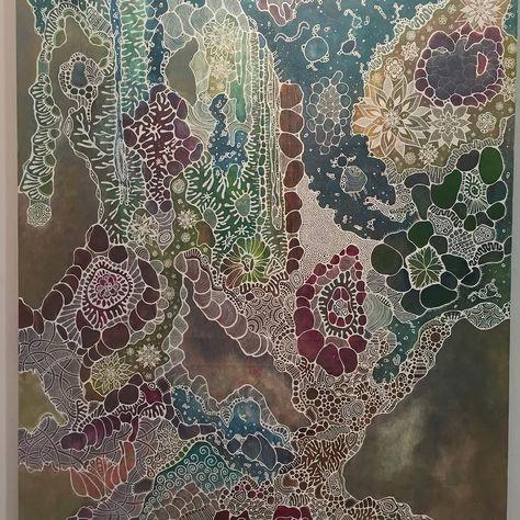 猫沢八郎さんの作品絵の具を垂らした後色のばらつきに合わせて白で輪郭を入れていくそうですキレイ  #猫沢八郎 #猫八 #art #painting #1日1アート #everydayart