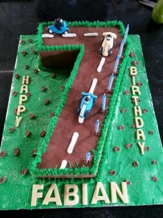 7th Birthday cake - Number cakes