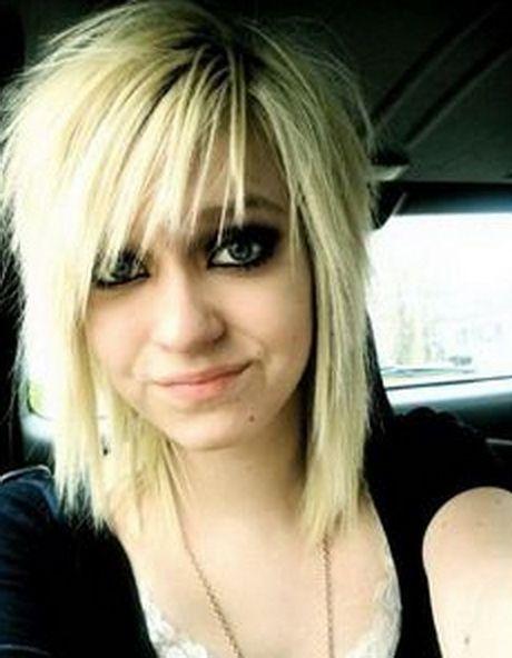 Emo Medium Frisuren Frisuren Medium Medium Haare Haarschnitt Haar Styling