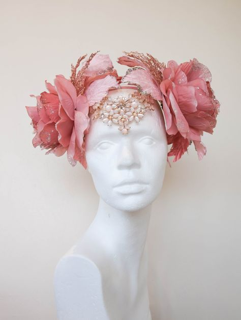 Your place to buy and sell all things handmade - Excited to share the latest addition to my shop: Romantic Rose Gold Christmas Sparkle Dusty Pink Jewelled Flower Crown Fairy Headdress Art Nouveu Headpiece Festival Winter Jule Costume - Flower Headdress, Floral Headpiece, Gold Fascinator, Vintage Headpiece, Costume Fleur, Flower Costume, Pink Costume, Halloween Fairy, Winter Fairy Costume
