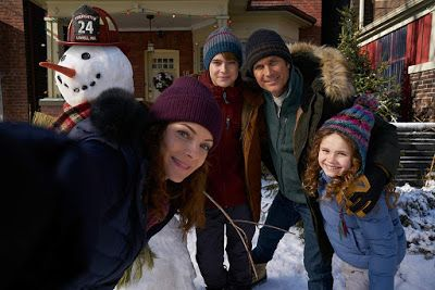 The Christmas Chronicles Trailers Featurette Images And Poster Oliver Hudson Kimberly Williams Free Movies Online