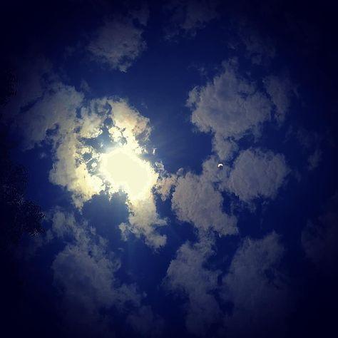 #solareclipse #eclipse #moon #sun #astronomy #solar #newmoon #lunareclipse #photography #astrology #nature #india #eclipsesolar #space #annularsolareclipse #astrophotography #solarsystem #nasa #ringoffire #gerhanamatahari #altay #science #capricorn #horoscope #eclipseseason #earth #totalsolareclipse #art #gerhanamataharicincin #bhfyp♥️♥️♥️♥️