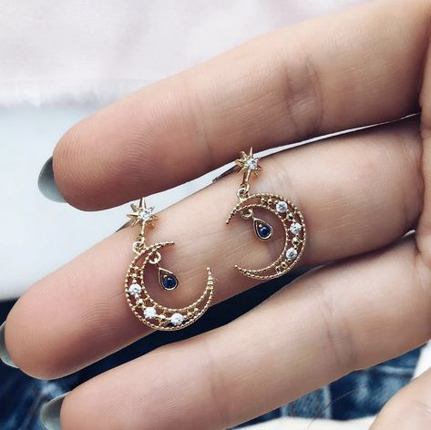 Esoteric Natural Earrings Occult Gifts for Her Geometric Boho Hippie Witch Earrings Constellation Dangle Earrings with Wood and Copper