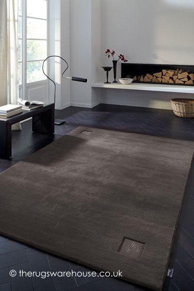 Luxury Princess Grey Rug An Ultra Luxurious Hand Knotted Wool Rug Made From Mongolian Highland Wool And Decorated With Swarovs Grey Rugs Silver Grey Rug Rugs