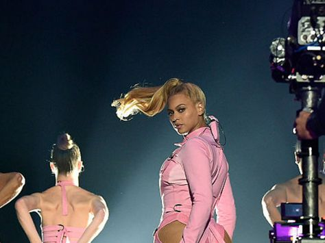 Apple washes out rumours of a Tidal buyout     - CNET  Beyonce performs at a Tidal event in New York.                                              Kevin Mazur/Getty                                           Apple is denying plans to buy rival music streaming service Tidal.   Were really running our own race Apple Music boss Jimmy Iovine  told BuzzFeed in a story published Wednesday.   Iovine played down rumours that Apple could end the rivalry between the two relatively new streaming…