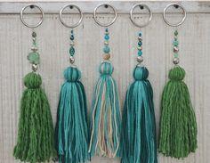 Temporada alta   Tassels, Crochet and Craft