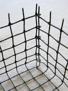 How To Make A Basket From Woven Wire Sheets Or More Specifically Hardware Cloth You Know The Stuff Comes In Rolls Either 1 2 O Chicken Wire Crafts Wire Baskets Wire