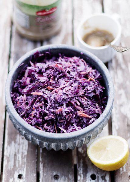 Surowka Z Kapusty Surowki Przepisy Codojedzenia Pl Blog Kulinarny Food Cabbage Vegetables