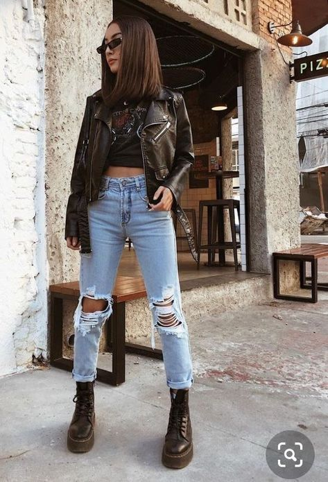 Cute Comfy Outfits, Edgy Outfits, Winter Fashion Outfits, Retro Outfits, Winter Outfits, Rock Outfits, Dr Martens Outfit, Mode Rock, Rocker Look