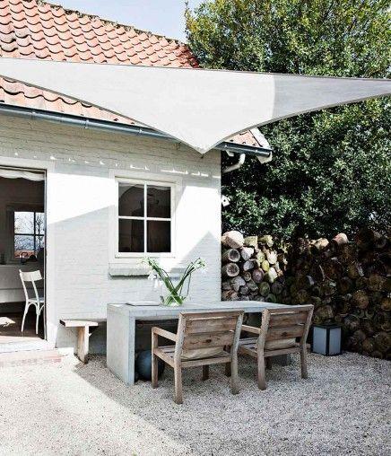 Kleine Landliche Villa Skandinavische Motten 10 Lilli Dill Garten Und Outdoor Rustikaler Garten Gartengestaltung