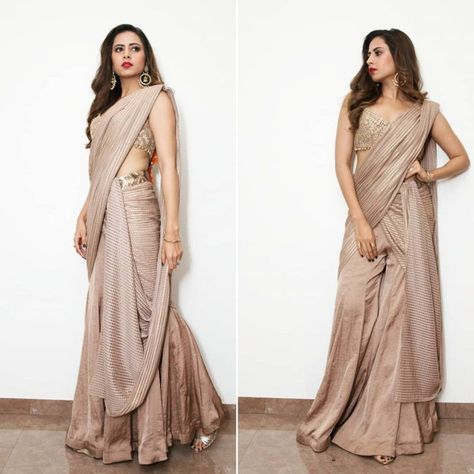 18 Modern And Unique Saree Draping Styles! #indiandesignerwear Bookmark These 18 Modern And Unique Saree Draping Styles! #shaadiwish #saree #bridalsaree #sareedesigns #bridalsareetrends #weddingoutfits #outfitideas #sargunmehta