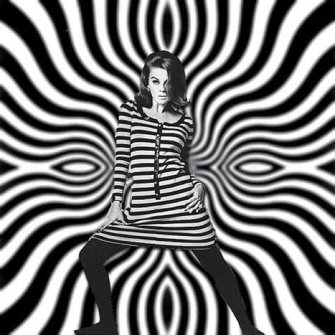 #op #art #fashion #model (Taken with Instagram)