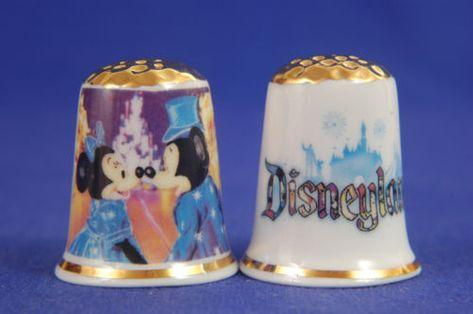 "Disney /""Merry Christmas With Mickey /& Minnie/"" Box Set of Thimbles Card B//92"