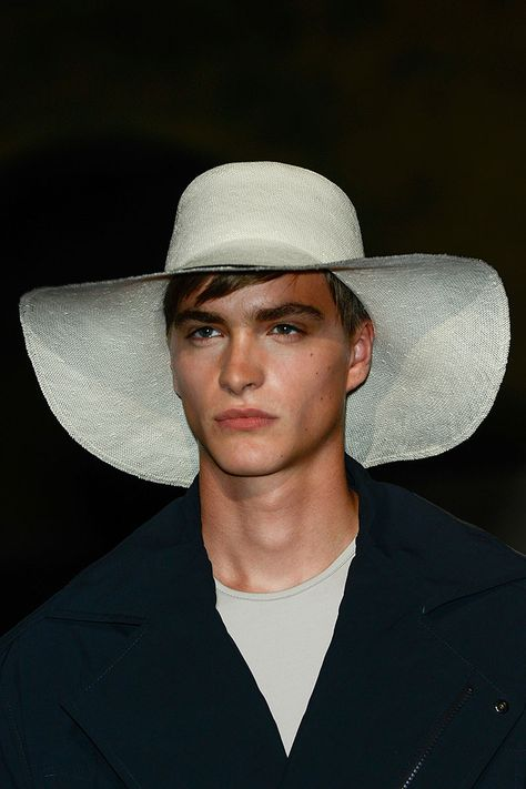 Tendencias hombre primavera verano 2013 sombreros panama hat fedora street  style cfe6719549d9