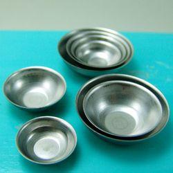Dollhouse Miniature Set of Four Aluminum Mixing Bowls 1:12 Scale