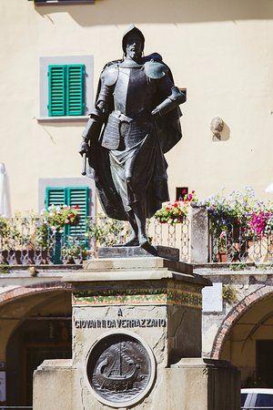 Statue Of Giovanni Da Verrazzano Greve Chianti Greve In Chianti Chianti Simple Life