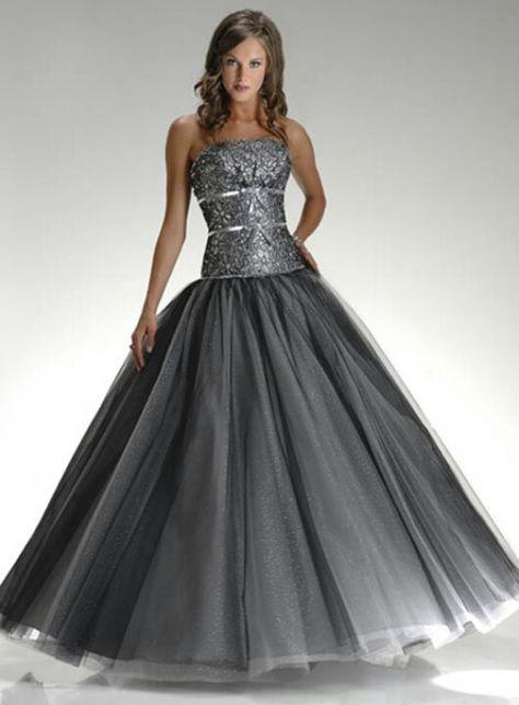5f5d90bd7129 Beautiful gray dress (Color aproximately equal Turbulence Pantone 2013)