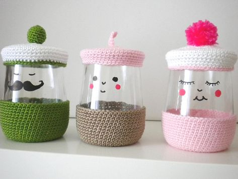 Fun crochet recycled yogurt jars