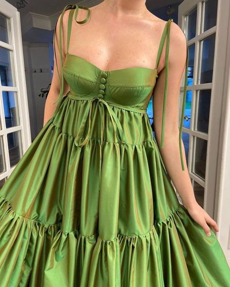 Details: -Exquisite taffeta fabric -Luscious lime green color -Higher waist definition with horizontally layered skirt -For special occasions Ball Dresses, Ball Gowns, Evening Dresses, Prom Dresses, Formal Dresses, Elegant Dresses, Style Outfits, Fashion Outfits, Pretty Dresses
