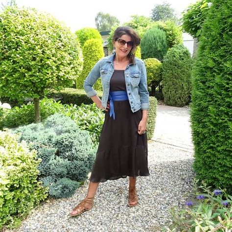 Maxi Skirts for a Reason & Fancy Friday linkup
