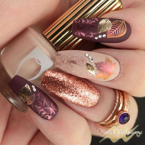 Leaves Are Fall-ing: Pigment and Foil Stamped Nail Art - Fall nail art, foil stamping, pigment stamping, What's Up Nails Sunset Magic Shifting powder, Moy - Trendy Nails, Cute Nails, My Nails, Neon Nails, Bling Nails, Nagel Stamping, Nagellack Design, Fall Nail Art Designs, Thanksgiving Nails