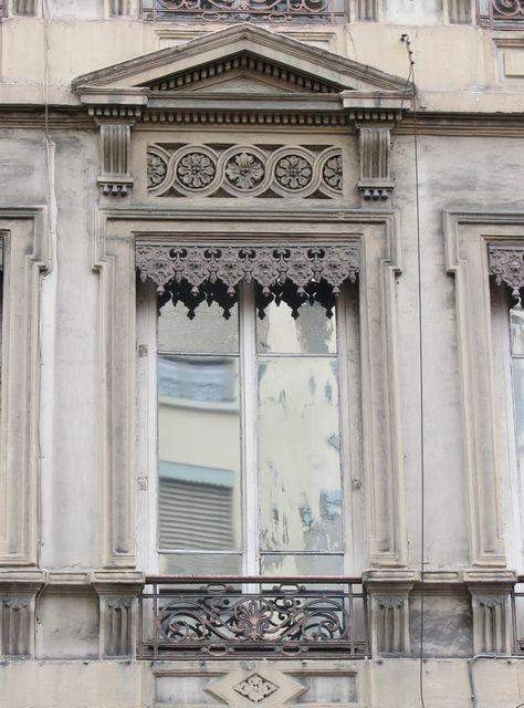 Les Lambrequins Lyonnais Classic Frame Architecture Details