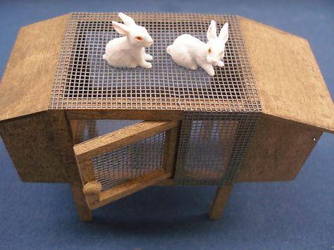 22800 Dollhouse Miniature Fairy Garden Bunny Hutch with Rabbit