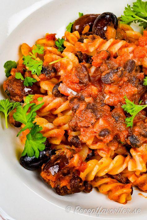 pasta med sardeller kapris
