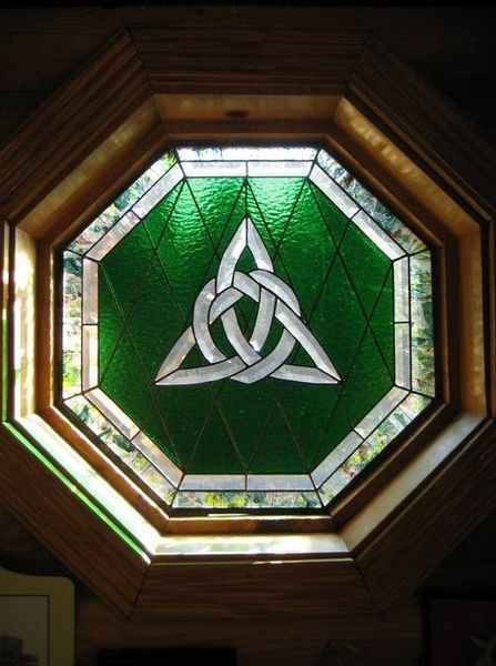 CHURCH. STAIN GLASS WINDOWS on Pinterest | Tiffany Stained ...