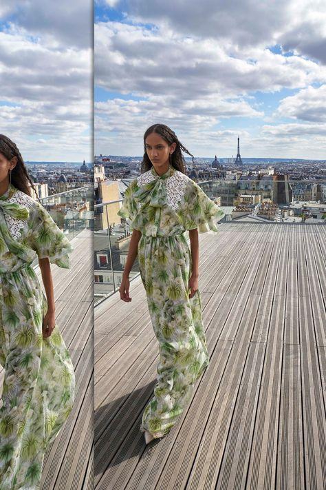 Giambattista Valli Resort 2019 Paris Collection - Vogue