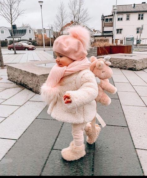 So Cute Baby, Cute Kids, Cute Babies, Winter Baby Clothes, Baby Winter, Cute Baby Clothes, Babies Clothes, Cute Baby Girl Outfits, Kids Outfits Girls