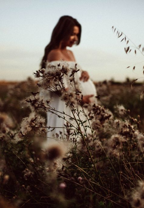 Maternity Poses, Maternity Pictures, Pregnancy Photos, Baby Pictures, Baby Photos, Foto Nature, Maternity Photography Outdoors, Poses Photo, Baby Belly