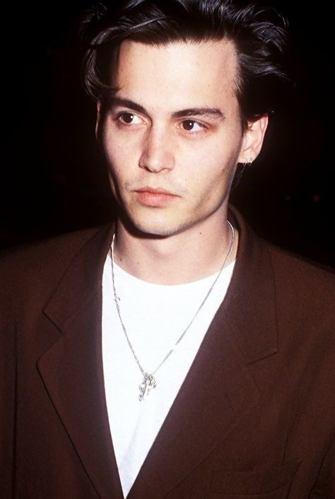 20 Pictures Of Johnny Depp To Get You Through The Day