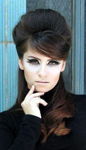60er Jahre Frisuren Langehaare 50er Rockabillyfrisuren Sixties Brigittebardot Frisurenfrauen Bardotfrisu Retro Hairstyles Hair Styles Vintage Hairstyles