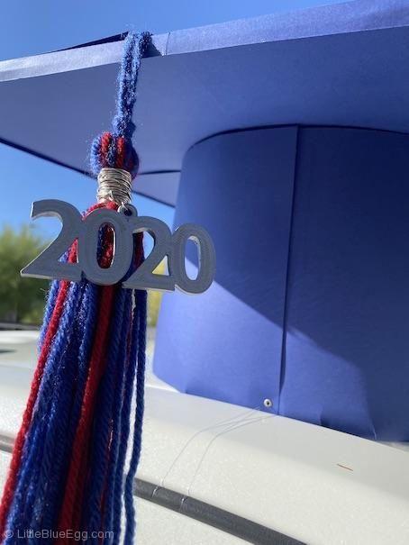Oversized Graduation Cap For Cars Little Blue Egg Diy Graduation Cap Graduation Diy Graduation Parade