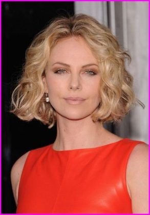 Curly Bob Haircuts Best Short Haircuts For Curly Hair Round Face 2019 Wavy Bob Hairstyles Bob Hairstyles Messy Bob Hairstyles