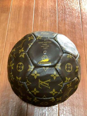 Ebay Sponsored 1998 French World Cup Limited 3000 Louis Vuitton Soccer Ball 1221 Women In 2020 Soccer Ball
